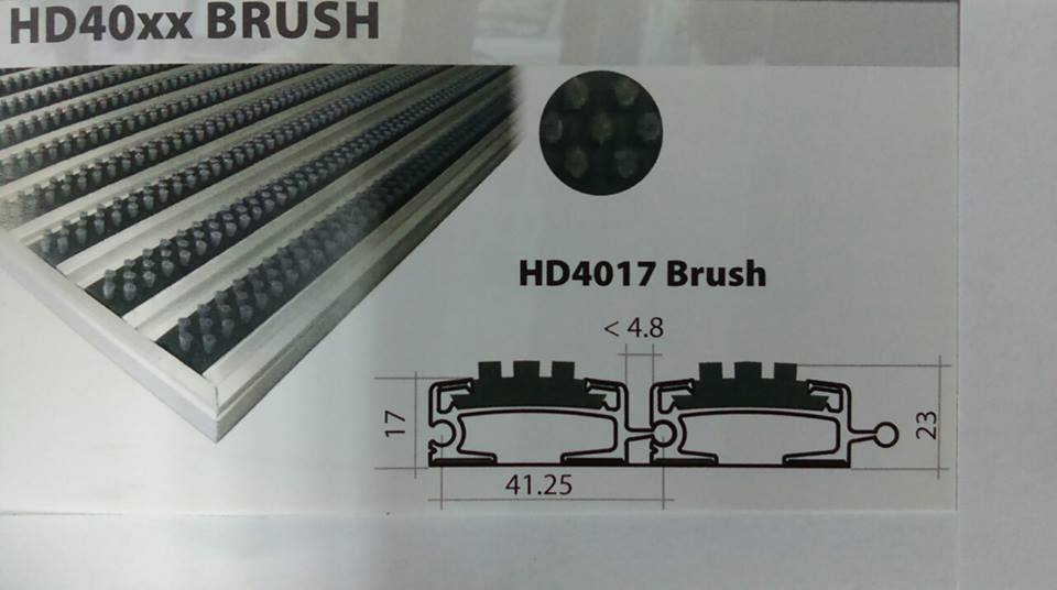 HD40 Brush - ERDM каучук с 3 реда четки